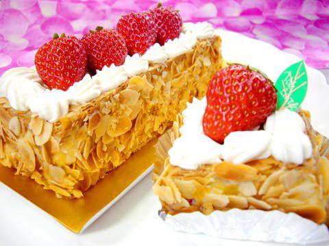 """苺のミルフィーユ2015☆静岡苺""""紅ほっぺ""""と""""ミルフィーユパイ""""のケーキ。"""